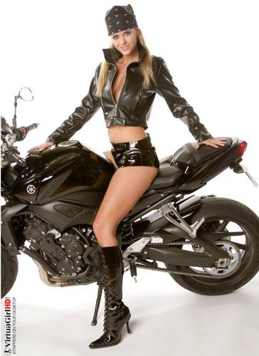 Andrea biker